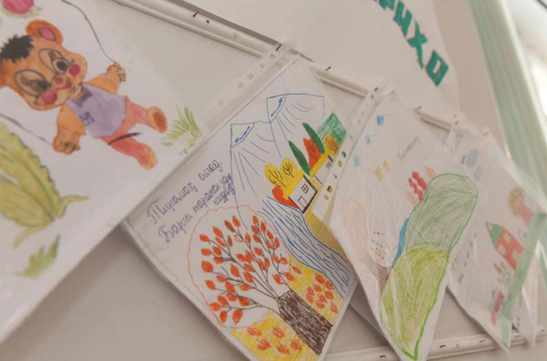 Colorful drawings by Tajik students