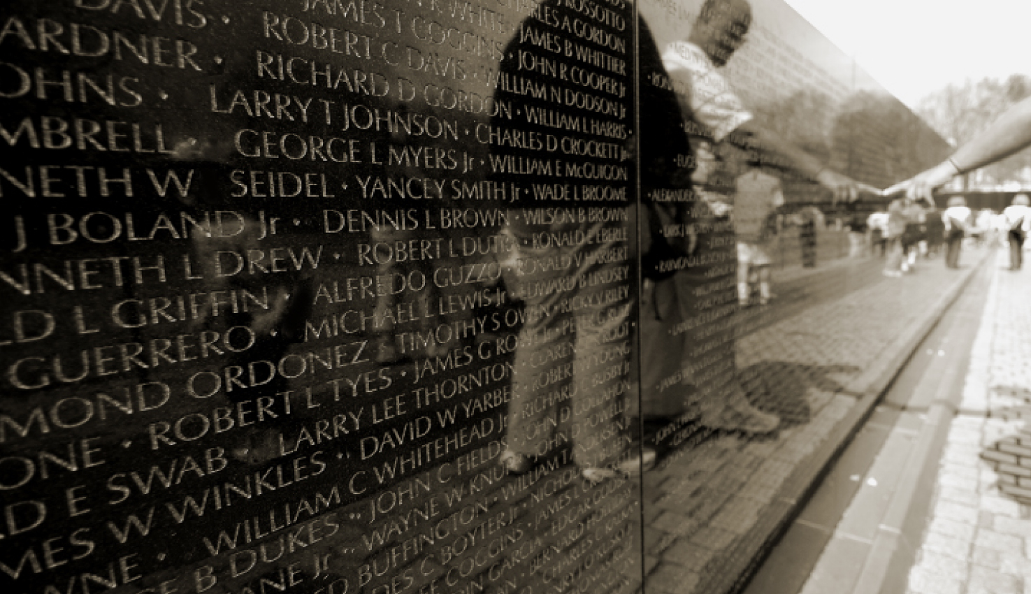 Vietnam War Memorial Image